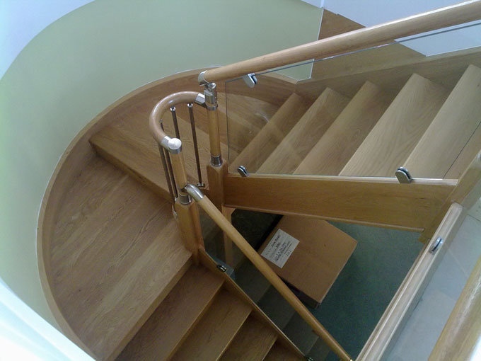 staircase-with-glass-balustrade.jpg